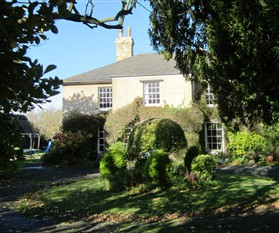 Photo:Manor Farm house in 2012
