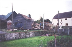 Photo:The barn adjoining the road was demolished and rebuilt.