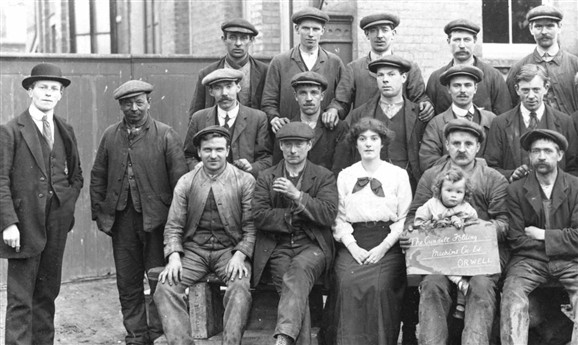 Photo:Cundalls Factory workers. The girl is Florence Freestone, the Company Secretary. She seems to be wearing a wedding ring, and she was married in 1915 at Chesterton.