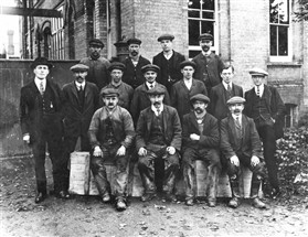 Photo:Iron foundry workers at Cundalls. Was Fred Giddings one of these?