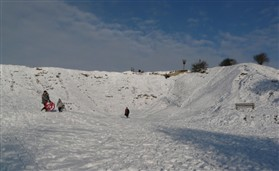 Photo:Footprints in winter testify to the continued attraction of this leisure area to the villagers of Orwell