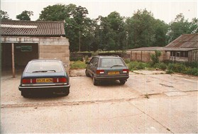 Photo:The early car park
